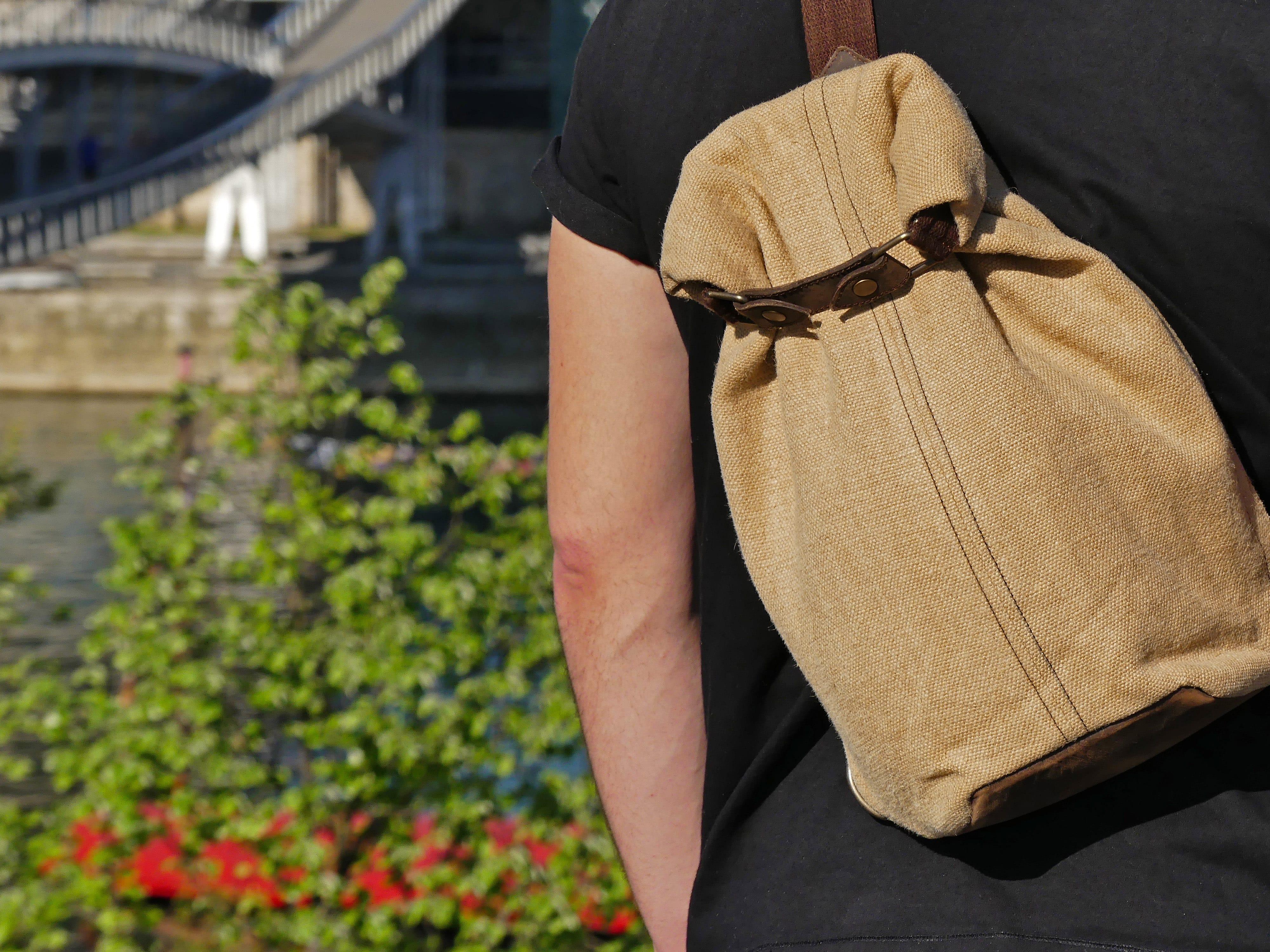 Petit sac à dos bandoulière, balish - le baluchon - Bhallot num 0