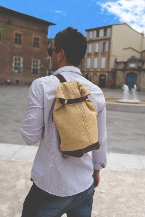 sac à dos à bandoulière en toile cirée et cuir