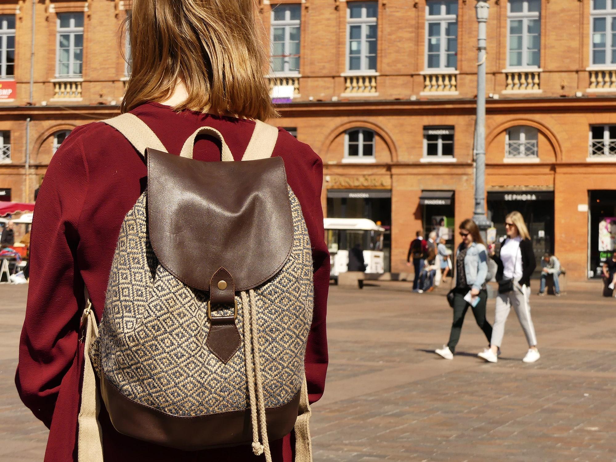Potla - le sac à dos femme au capitole de Toulouse