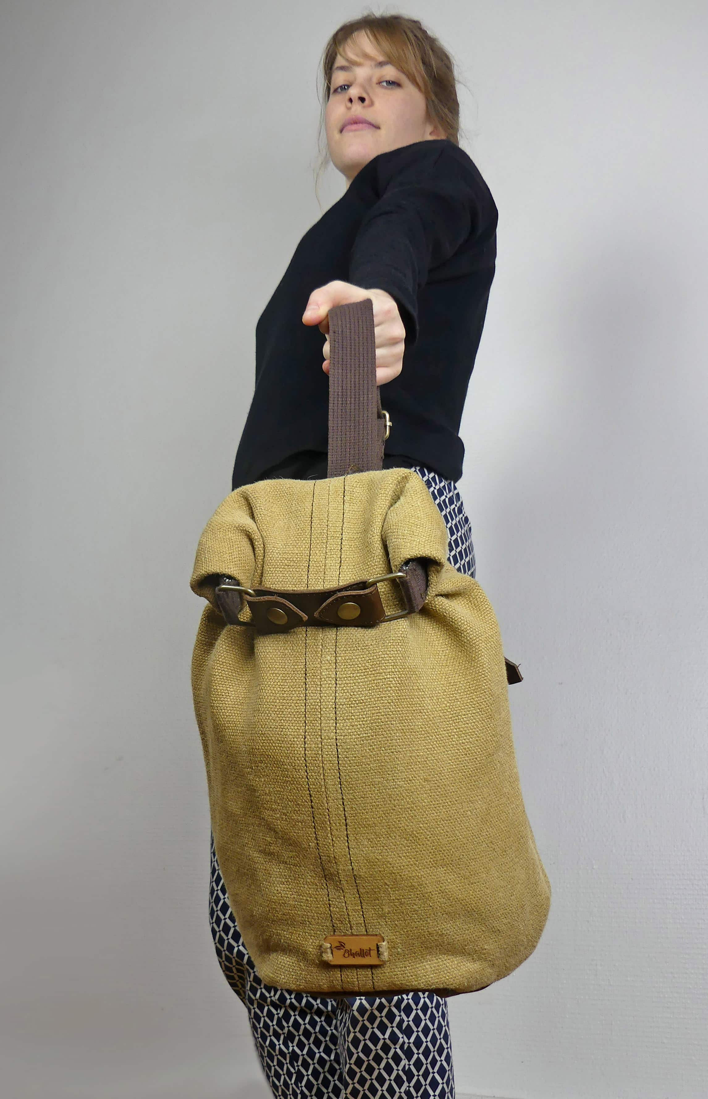 Balish - le sac à dos bandoulière Baluchon de face féminin