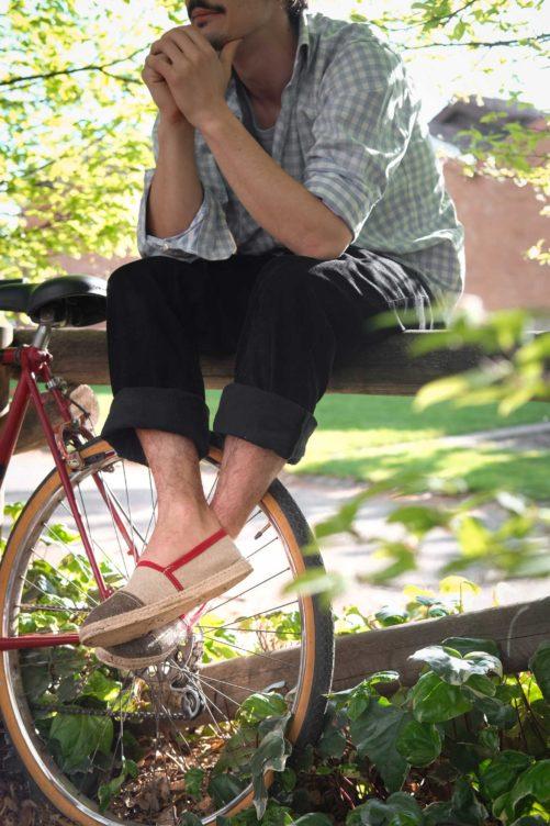Espadrille rouge bordeaux ; Guillaume Prevost fondateur designer de bhallot